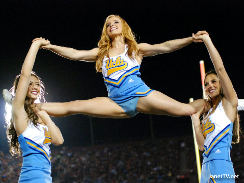 Healthy! Sexy cheerleader splits amusing
